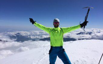 Na szczycie góry Kazbek